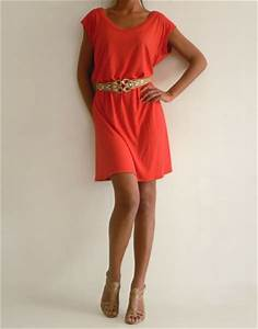 Index of img photos robes mi longues robe rouge for Robe tee shirt mi longue