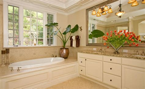 flower arrangements for bathrooms selecting the right flower vase for your d 233 cor