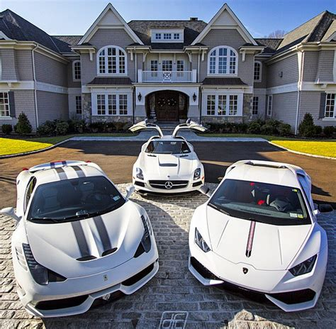 mansions cars homes   rich   real estate blog