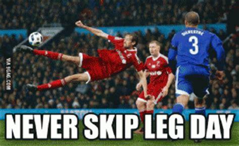 Peter Crouch Meme - leg day meme kappit