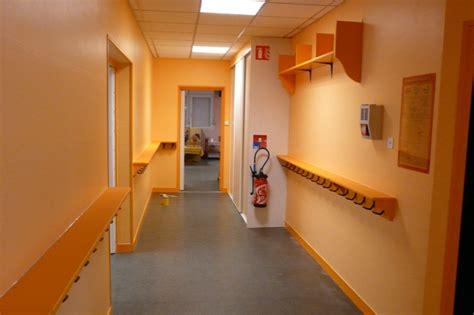 quelle couleur pour une cage d escalier sombre photos de conception de maison agaroth