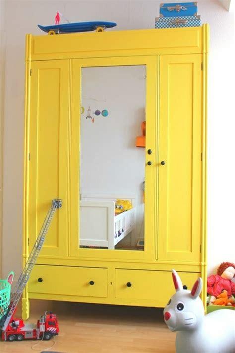 armoire chambre enfants l 39 armoire enfant en 54 photos qui va vous inspirer