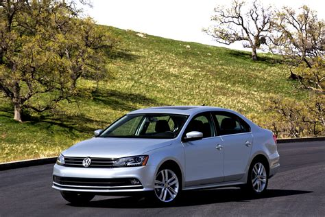 Vw Applies Subtle Updates To 2015 Jetta, Gives It New