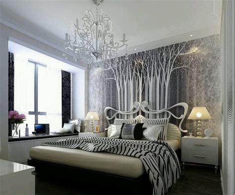 Modern Silver Bedroom Designs