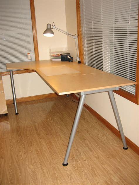 chaises bureau ikea bureau ikea galant 48 images ikea desk galant images