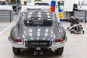 Jaguar Land Rover : time travel agents jaguar land rover s new classic works hq by car magazine ~ Maxctalentgroup.com Avis de Voitures