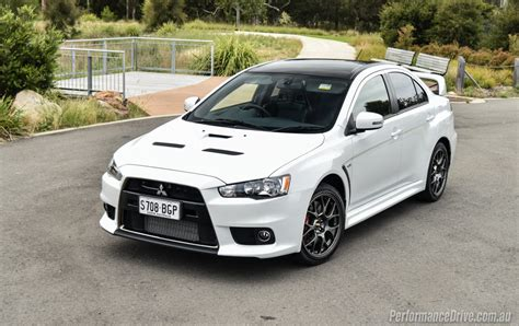 mitsubishi evolution 10 things we 39 ll miss most about the mitsubishi evo x