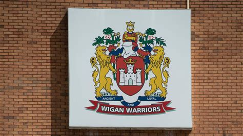 Wigan Warriors cancel training after two players test ...