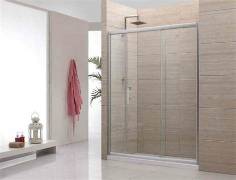 Gemauerte Dusche Als Blickfang Im Badezimmer: Vor- Und