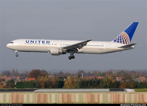 N652ua  United Airlines Boeing 767300er At Brussels