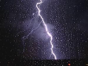 Blitz Entfernung Berechnen : blitze ohne donner unwetter in berlin allmystery ~ Themetempest.com Abrechnung