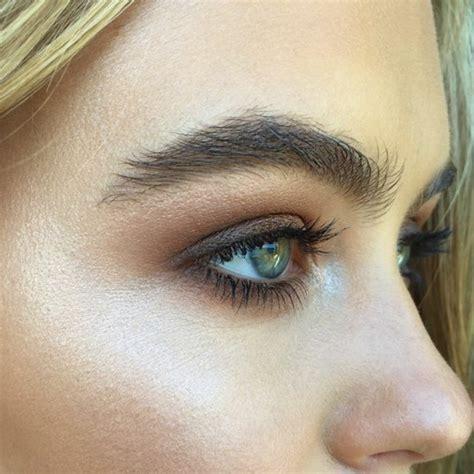 comment maquiller des yeux verts comment maquiller les yeux verts 50 astuces en photos et vid 233 os