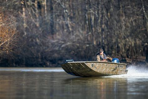 Best Duck Hunting Boat For Big Water by Great Boats And Mud Motors For Waterfowlers Next Season Wi