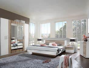 Schlafzimmer Vintage Style : schlafzimmer komplett einrichten und gestalten bei ~ Michelbontemps.com Haus und Dekorationen