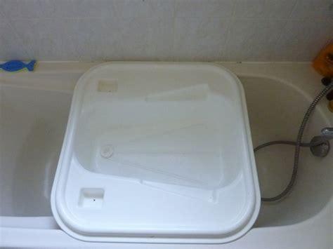 si鑒e baignoire adulte baignoire bebe adaptable baignoire adulte 28 images baignoire amovible bebe confort pour duo bain lange lit blanc bleu vertbaudet enfant