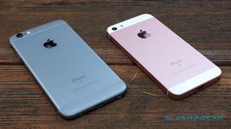 apple unveils new iphone se iphone se review classic remix slashgear
