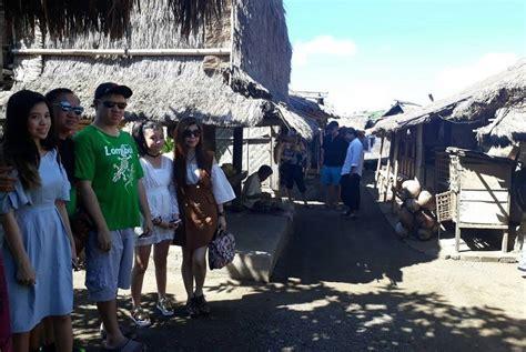 pedagang tenun lombok kebanjiran berkah saat liburan
