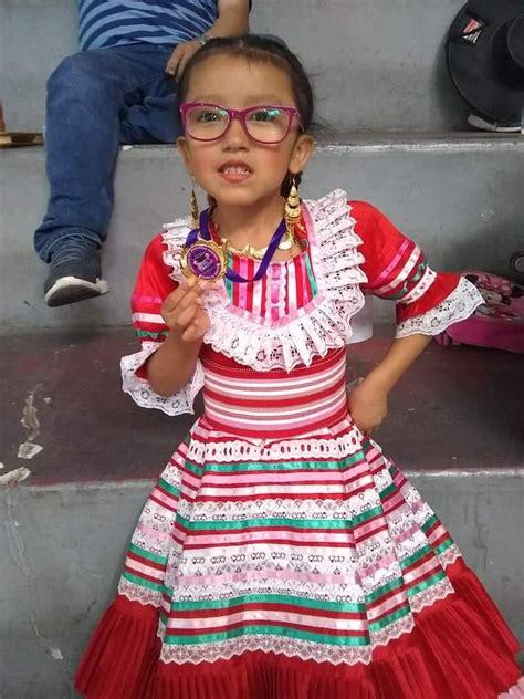 ASOCIACIÓN CULTURAL FLOKLORICAS Asociación Cultural