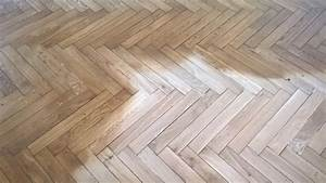 renovation d39un parquet en chene massif pose en chevron With pose parquet chene massif collé