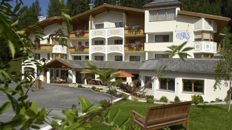 hotel costes corvara colfosco holidaycheck suedtirol italien
