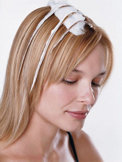 Coloring Hair At Home by How To Get Highlights At Home Best Tips