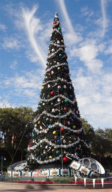 walt disney world christmas trees lady  violetlady