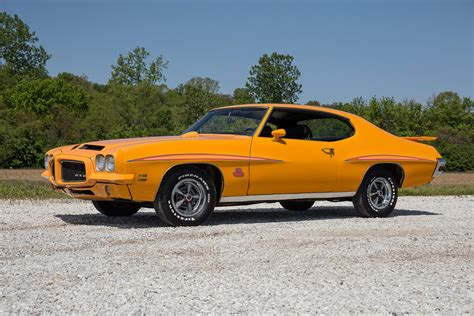 beautiful front doors 1971 pontiac gto fast cars