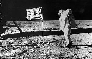 Neil Armstrong dead: How he HATED being a hero   Daily ...