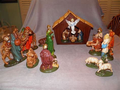 vintage 20 piece christmas nativity scene atlantic mold