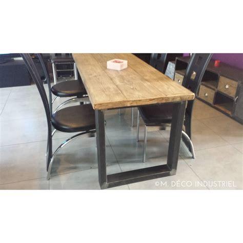 table cuisine style industriel table de salle à manger industrielle pied acier m déco