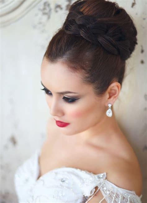 chignon haut mariage coiffure mariage tresse 35 photos merveilleuses pour vous
