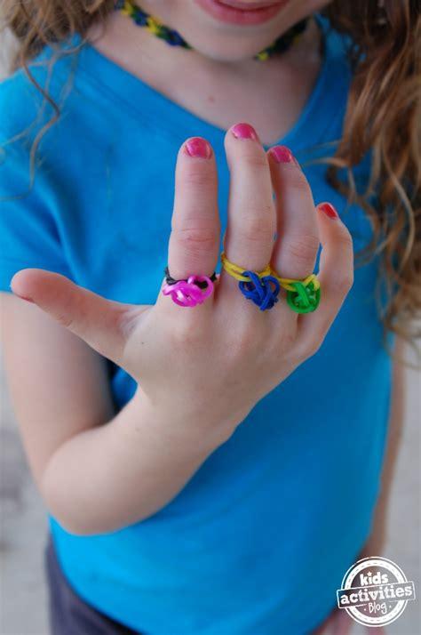 diy rubber band rings