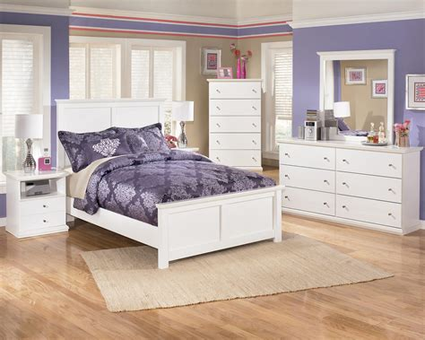 Bostwick Shoals Dresser And Mirror by Signature Design Bostwick Shoals Casual 6 Drawer