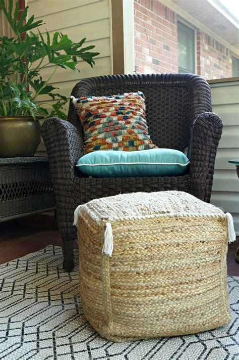 Diy Ottoman Pouf by 25 Best Ideas About Diy Pouf On Floor Pouf