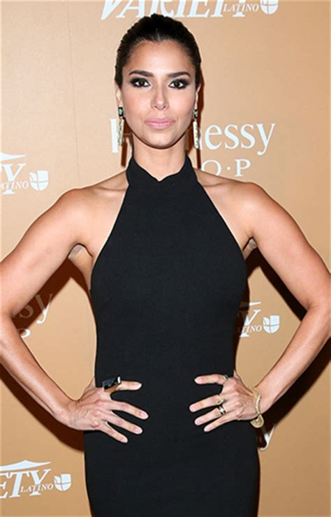 roselyn sanchez wearing  druzy onyx jorge adeler ring