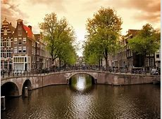 HENRI Luxury Lifestyle 400 Years Amsterdam Canals