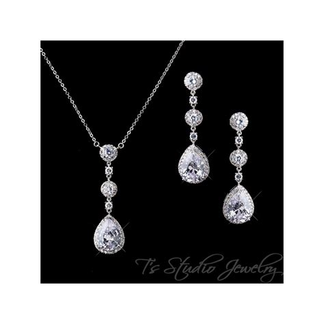 teardrop pear cz cubic zirconia bridal chandelier