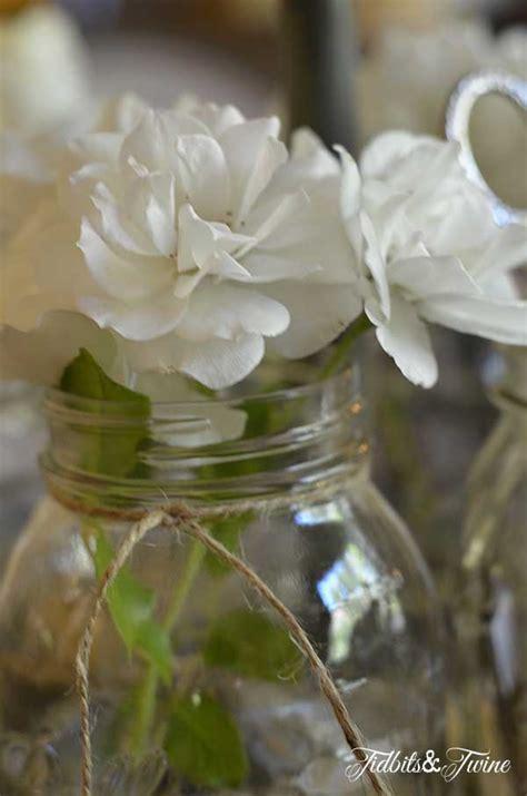 casual elegant mason jar centerpiece