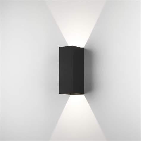 astro 7989 oslo 255 outdoor led wall light in black ip65