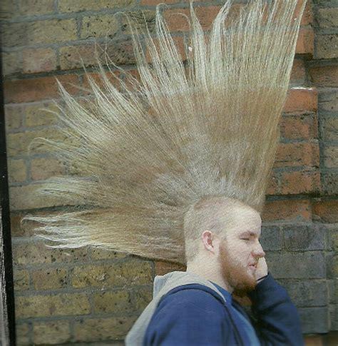 peinado mohicano belleza  estilo