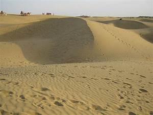 File:Sand dunes of thar desert.jpg - Wikipedia