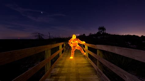 light painting tutorial   light paint  light man