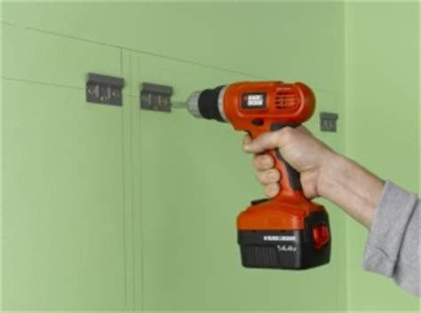 Kitchen Cabinet Wall Fixings by Fitting Kitchen Wall Units