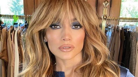 Watch Access Hollywood Interview: Jennifer Lopez Debuts ...