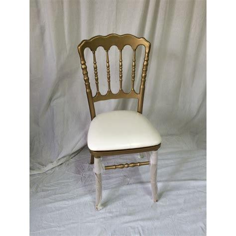 location chaise napoleon location chaise napoleon 3 dorée et blanche