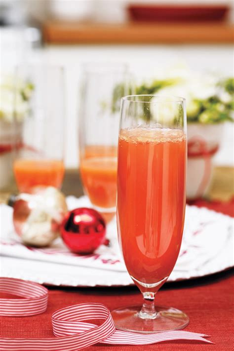 Allrecipes4u2 35 Easy Christmas Cocktails  Recipes For