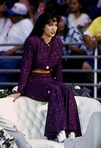 'Selena' Movie Costumes & Quotes | Selena quintanilla ...