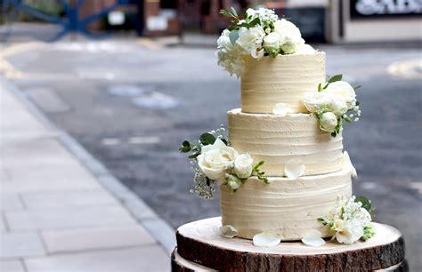 vegan wedding cake three tiered vegan wedding cake vegan food living 8253