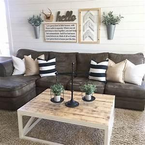 Marvelous modern farmhouse living room pinterest black for Sectional sofa farmhouse
