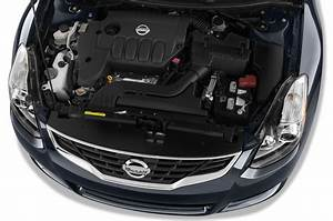 Nissan Restyles 2010 Altima  Revises Product Structure